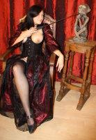 Kleid rot schwarz